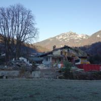Abriß der Karlsteiner Stuben. Auf dem Gelände soll eine Wohnanlage mit 25 Eigentumswohnungen entstehen.