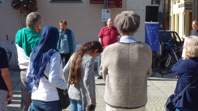Gegen Hass und Hetze am Reichenhaller Rathausplatz
